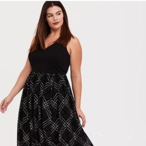 COPY - Torrid Dress Black Ponte Mesh Plaid Sleeve…